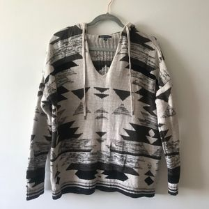 Hooded Black and White Aztec Print Sweatshirt
